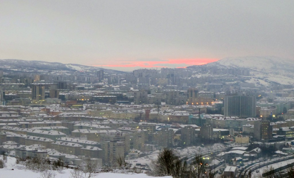Murmansk false dawn, in early afternoon.